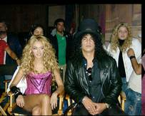 20070122224739-slash-y-paulina-rubio.jpg