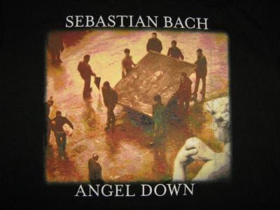 Sebastian Bach vuelve de los 80 con Axl Rose