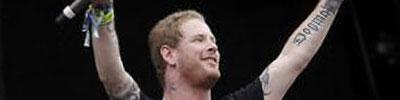 Corey Taylor tocó con Duff McKagan
